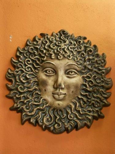Keramika na zeď Francouzské slunce