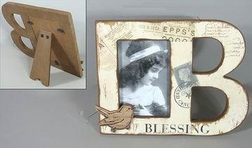 Dřevěný vintage fotorámeček Blessing