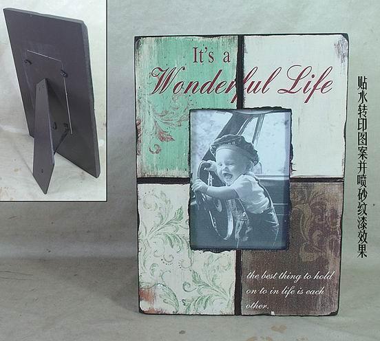 Dřevěný vintage fotorámeček Wonderful life