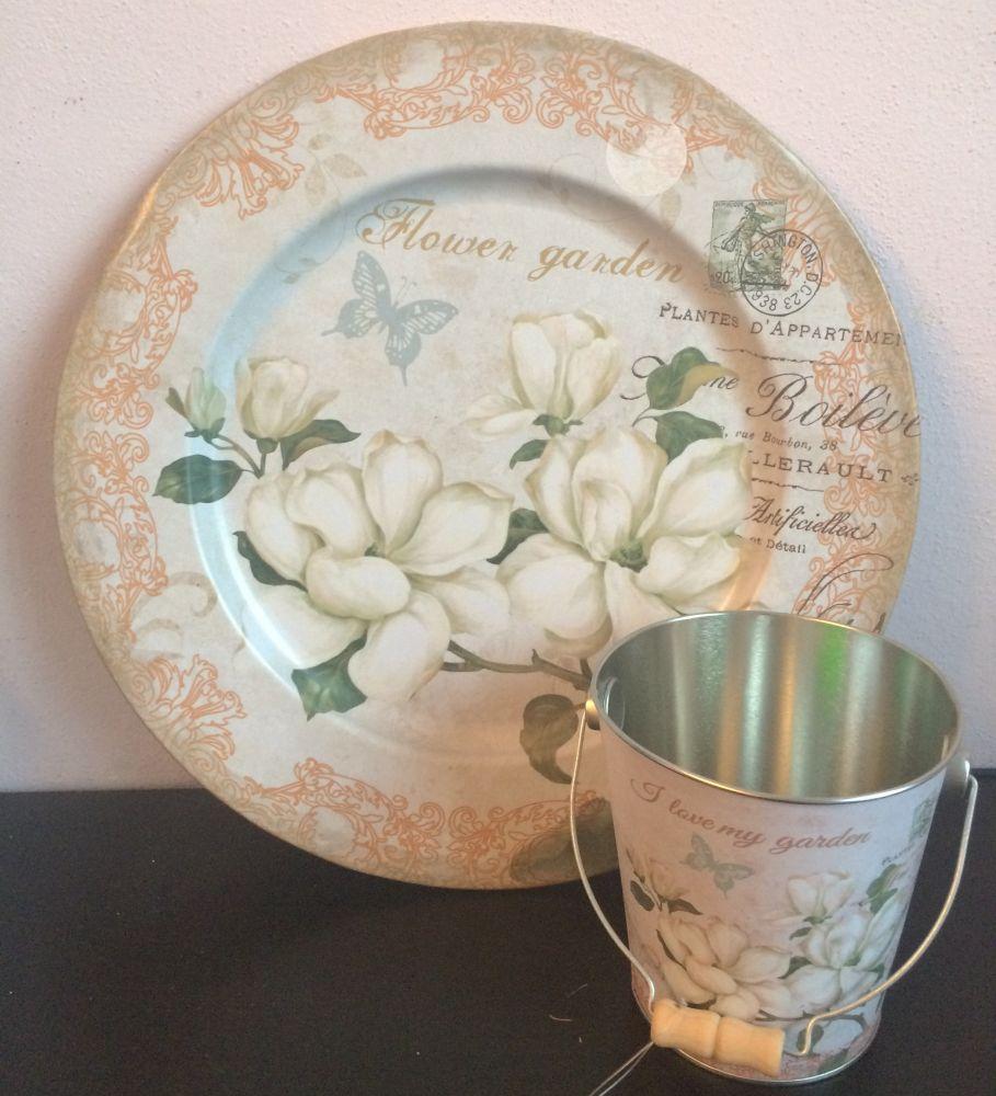 Plechový talíř s kyblíkem Magnolie
