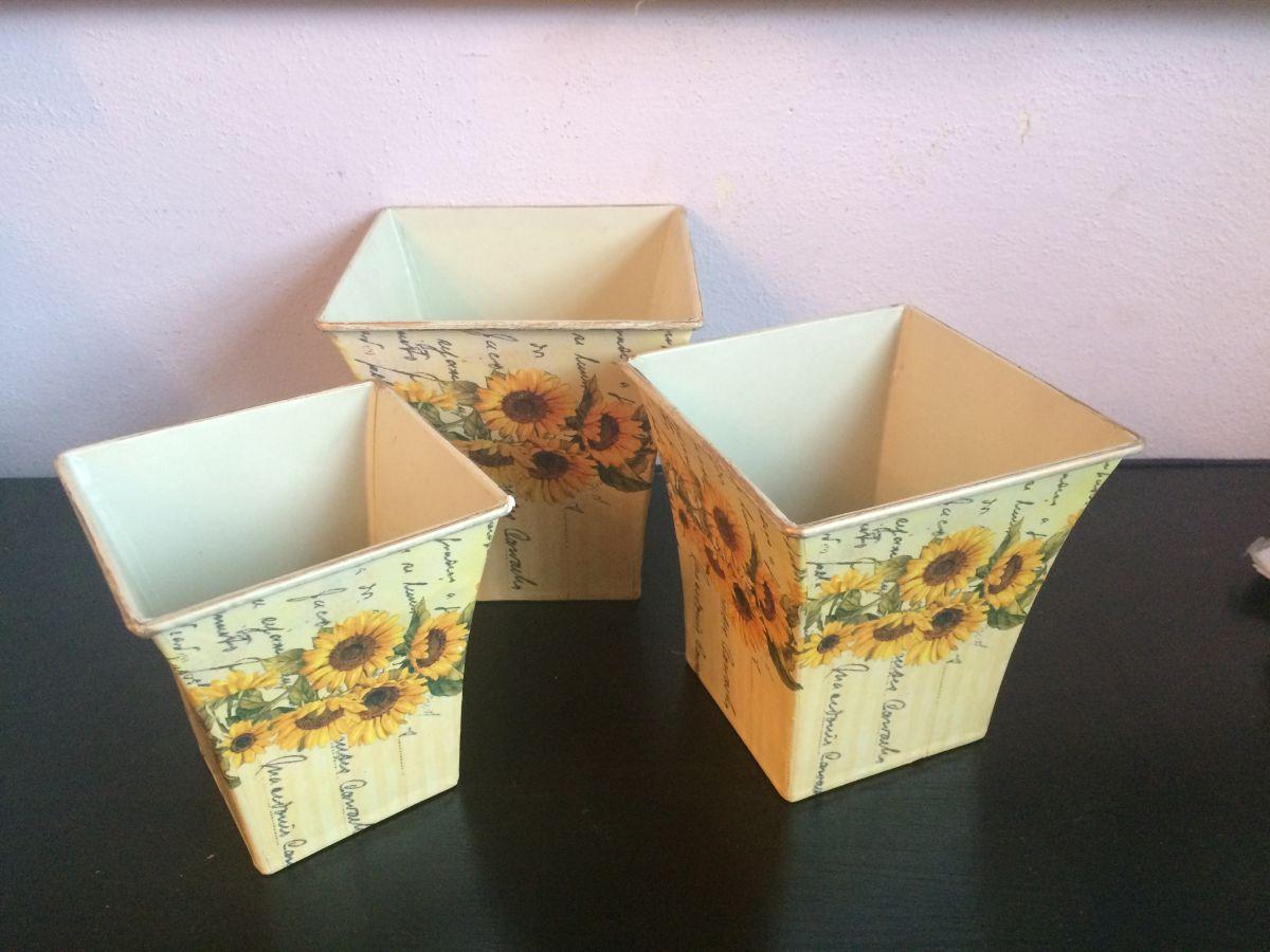 Sada plechových květináčů Slunečnice 3ks