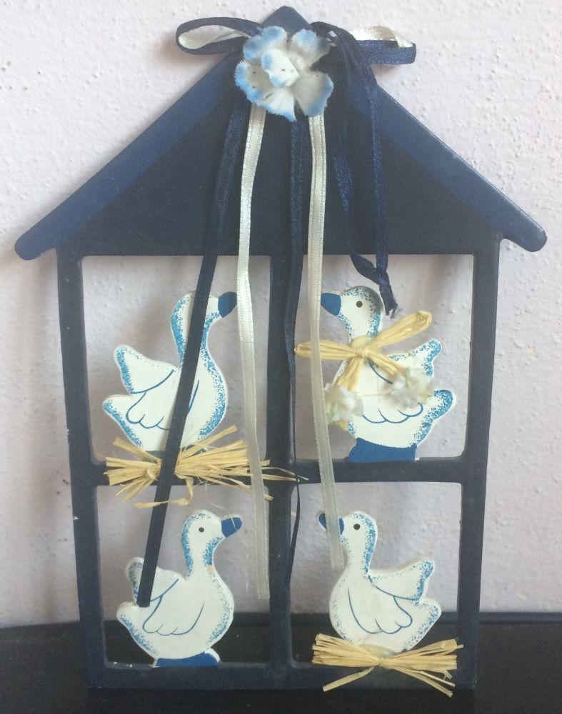 Velikonoční dekorace Domeček modrý