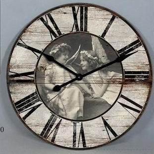 Dřevěné hodiny na zeď Andělé - angels