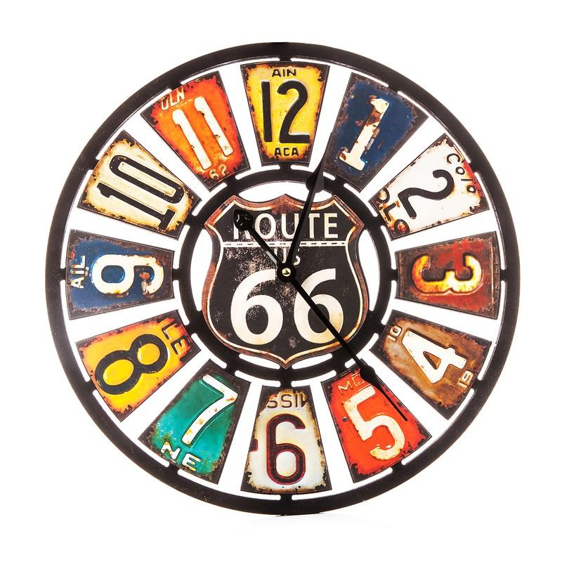 Dřevěné vintage hodiny na zeď Route 66