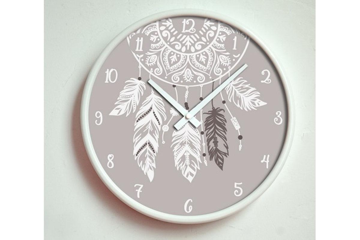 Kovové hodiny na zeď Lapač snů
