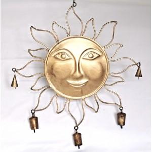 Kovové slunce se zvonky - krátké paprsky zlaté