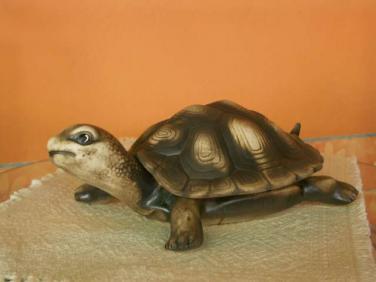 Keramická želva s krunýřem malá