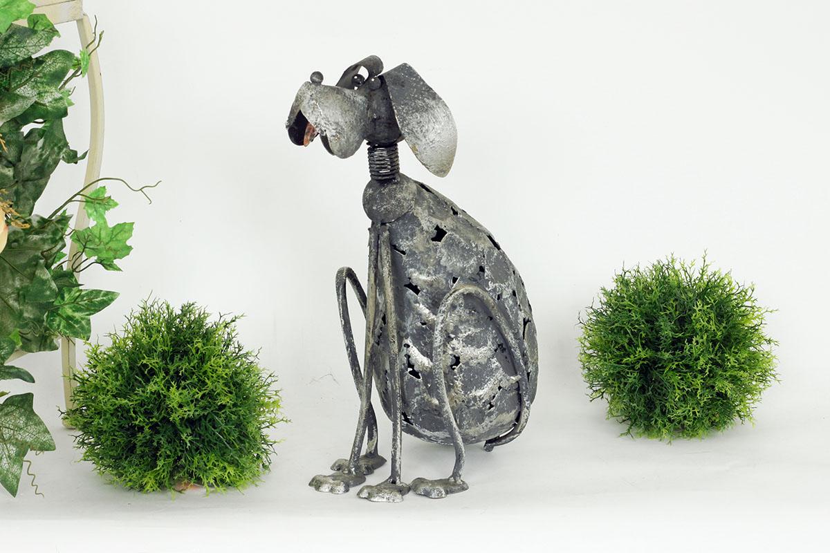 Kovový pes Silver dekorace na zahradu